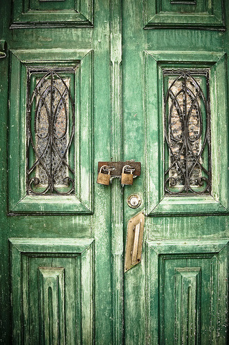 librarylungs:  Porta (by Breno Peck)