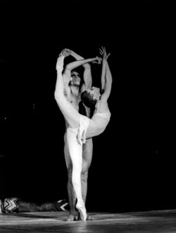 balletdiary:  Suzanne Farrell and Jorge Donn - Nijinsky, Clown of God