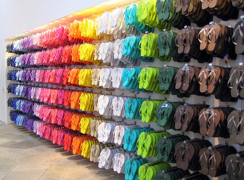 itspauladeenyall:  THE PROMISED LAND Old navy  They're all hung and organized.  That's not Old Navy.