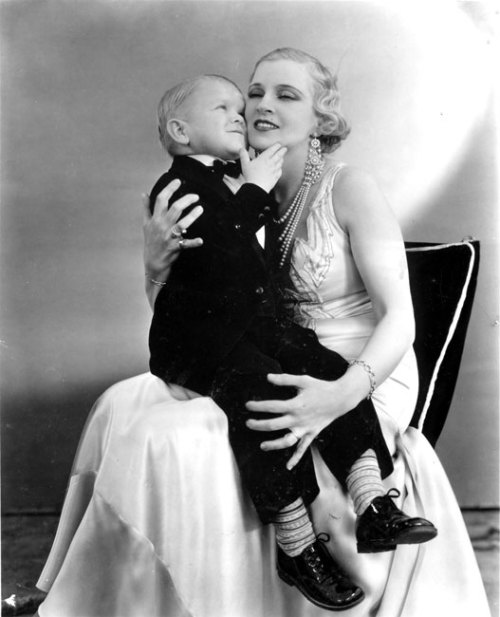 "Olga Baclanova and Harry Earles in Tod Browning's ""Freaks"" 1932"
