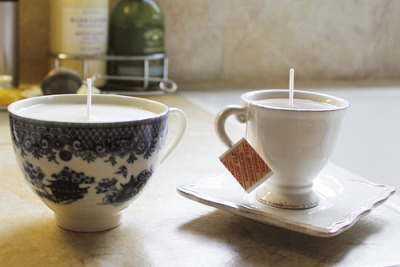 dreamwalkers:  DIY project: Kate's teacup candles  i want some candles like this!