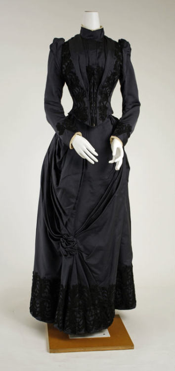 Dress ca. 1888-1889 via The Costume Institute of the Metropolitan Museum of Art
