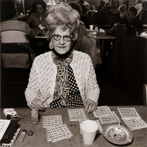 soredemonao:  girlatlas:  Bingo Player at Saint Casimer's [sic] Church Hall, 1979Elinor Cahn TREMENDOUS.   I Love her even more! She's fabulous! That's what I want to look like in 10 years.