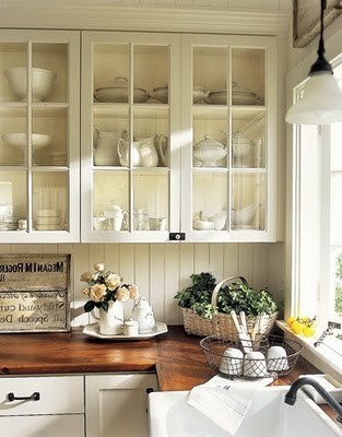 two of my faves: open shelving and natural wood countertops.