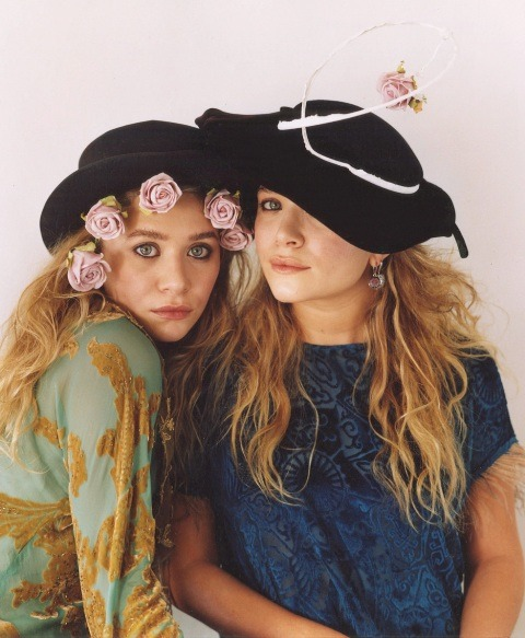 marykateandashley:  New: MKA, US Vogue April 2011 outtake