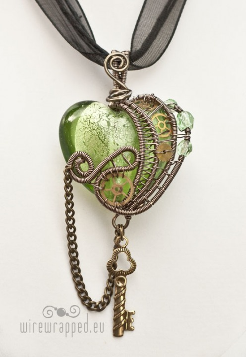 steampunk heart Handmade jewellery.