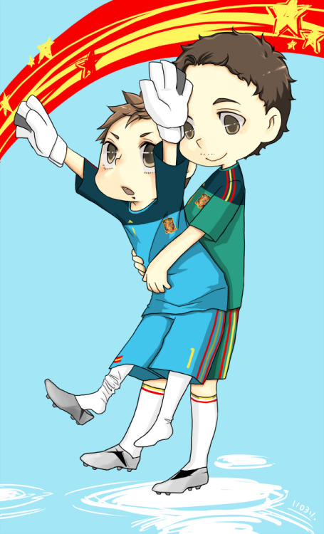 maliloww:  He want to catch the star,but too….short!  Villa/Casillas Such cuties! :)