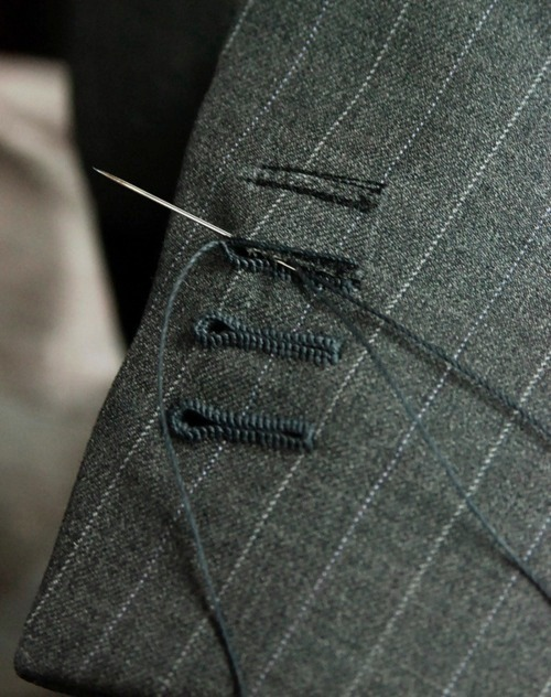 iamsangsouvanh:  amusingyarns:  Hand-stitched perfection.  You, I will master. Believe it.