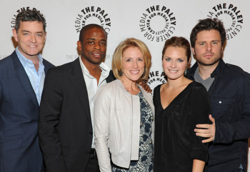Timothy Omundson, Dule Hill, Kirsten Nelson, Maggie Lawson, James Roday