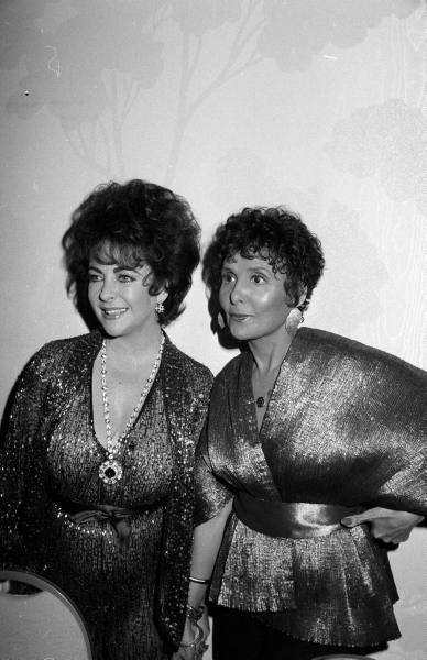 Elizabeth Taylor visiting her friend Lena Horne backstage in May 1981. Vintage Black Glamour remembers the iconic actress and activist Ms. Taylor who died today at age 79.