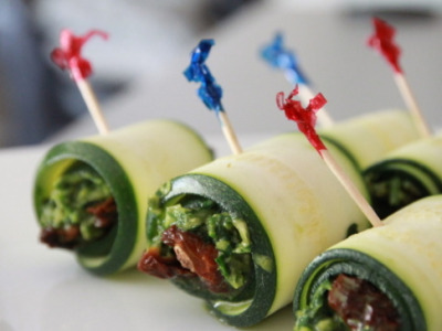 Simple, easy, delicious zucchini rolls!