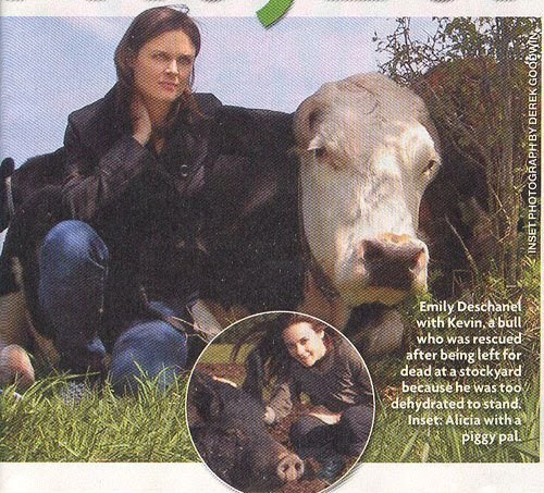 wellsbones:  This pic show one of the reasons why Emily Deschanel is an Extraordinay Woman. Oh And he's wearing that shoes !