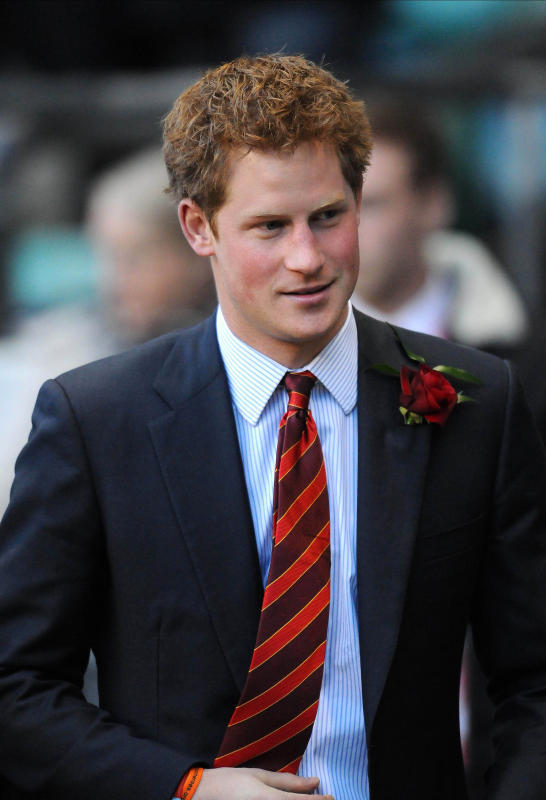 life-love-laughter:  Prince Harry in an orange & maroon tie… not much better than that.