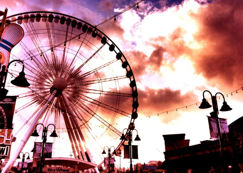 Wild Fire Wheel - Clifton Hill, Niagara Falls, ONT Photo by: Cam Standish. Edited by: Cam Standish