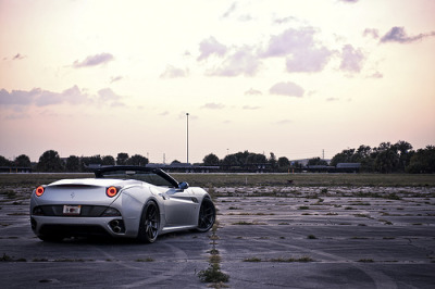 photofinish:  Ferrari California (by GREATONE!)