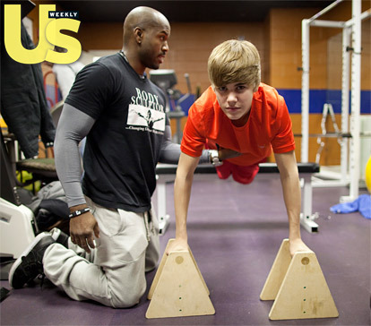 I just had to post this.  Beiber's hair doesn't even move when he works out.  I feel like he needs a headband to keep his bangs out of his face.  ( Justin Bieber's Workout Routine!)