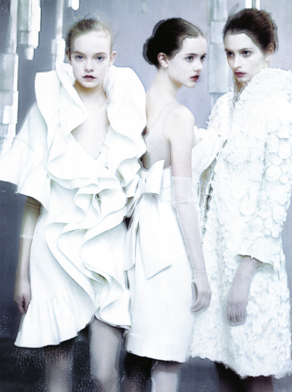 Evelina Mambetova, Giedre Dukauskaite, Imogen Morris Clarke, Nimue Smit & Suzie Bird photographed by Paolo Roversi - Vogue Italia: March 2009 - The Power of White