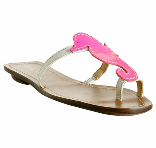 sailboatsandseersucker:  I neeeddd these Kate Spade sandals!!!