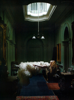 poisoned-apple:  Editorial: Dreaming of Another World Photo: Tim Walker  Magazine: Vogue Italia, March 2011