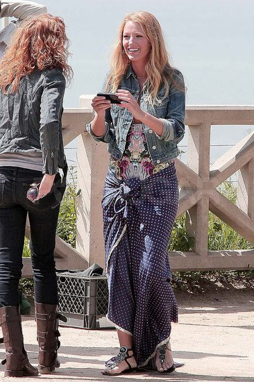 Pictures of Blake Lively Filming Gossip Girl on the West Coast