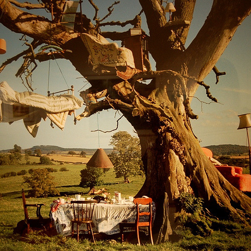 sweethomestyle:  tim walker summer dreaming