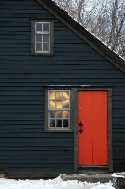 mimeticdesire:  saltbox? Side door to an 18th century New England house. Photographer: Rein Nomm