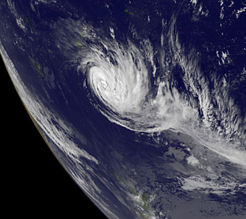 The GOES-11 satellite captured an infrared image of Cyclone Bune on March 25, 2011 at 1500 UTC as it moves through the Southern Pacific Ocean. The black area to the left is space as the image shows the curvature of the Earth. (via Hurricane Season 2011: Tropical Cyclone Bune (Southern Pacific Ocean))