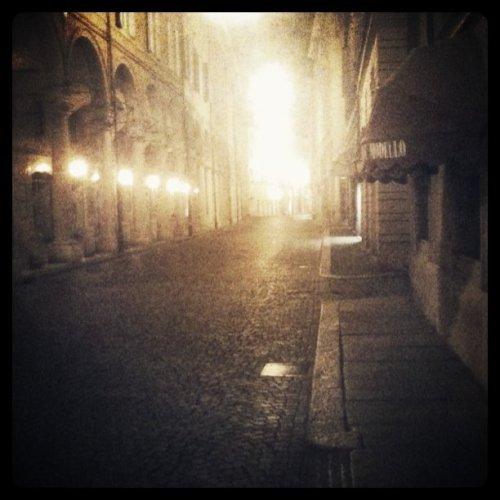 paz83:  Modena, via Emila Centro ore 02:48 (Taken with Instagram at Via Emilia Centro)