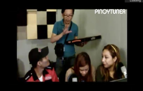 Last night…. SHAKEY'S DELIVERY BOY AMBUSH INTERVIEW by @francisbrew @kimMarvilla and Shanen.