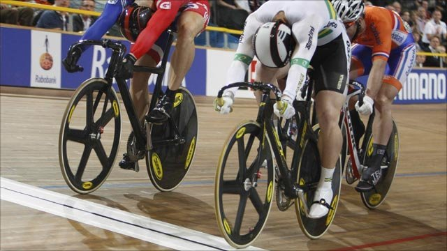 WORLD CHAMPS - PERKINS BEATS HOY IN KEIRIN   Shane Perkins (Australia) stole the Keirin from Chris Hoy (Great Britain) by less than half a wheel today at the Track World Champs.  Amazing finish!  Check the full story over at BBC.