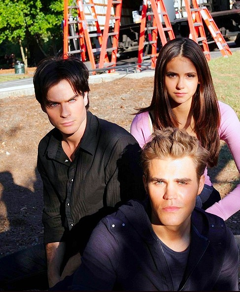 thevampirediarie:  Ian, Nina & Paul on set.