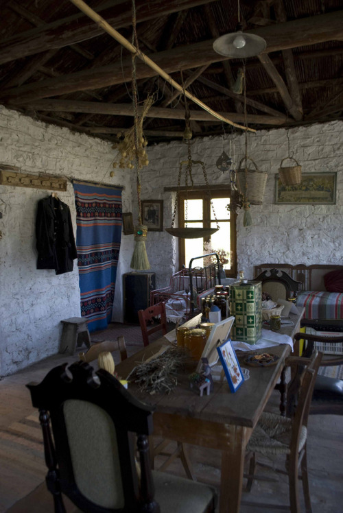 "elladaa:  ~ House Interior - Zaharo (pref. of Ilia) ~ "" Sitting area "" photo by Thali"