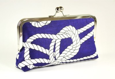 life-love-laughter:  Royal blue linen clutch with naval knots{via etsy}