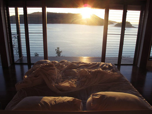 Would love to be waken up in this kind of environment. With my boyfriend, of course.