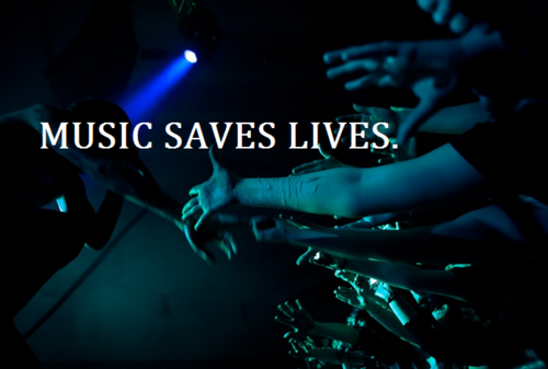 icantellx:  bunnyintheskyx:  Music Saves Your Life! <3  <3