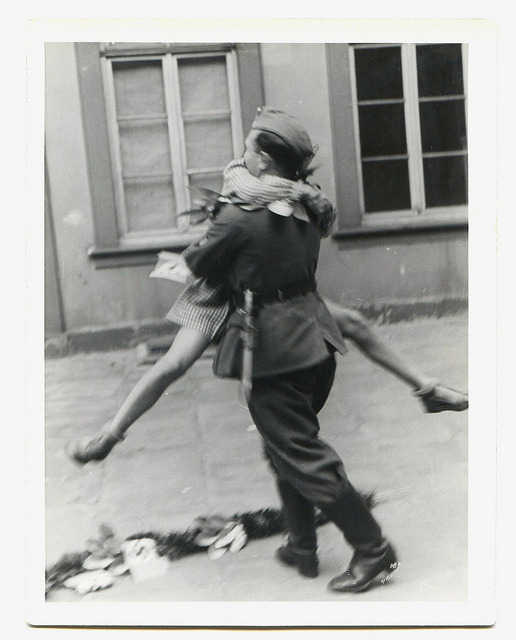 historiful:  An unknown soldier returns home to his sweetheart, date unknown.