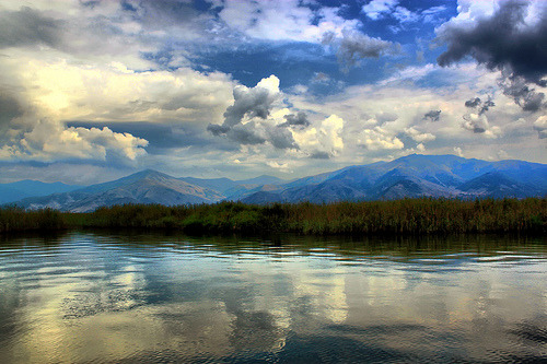 theworldwelivein:  Prespes | Ayios Akhillios, Macedonia, Greece © Theophilos