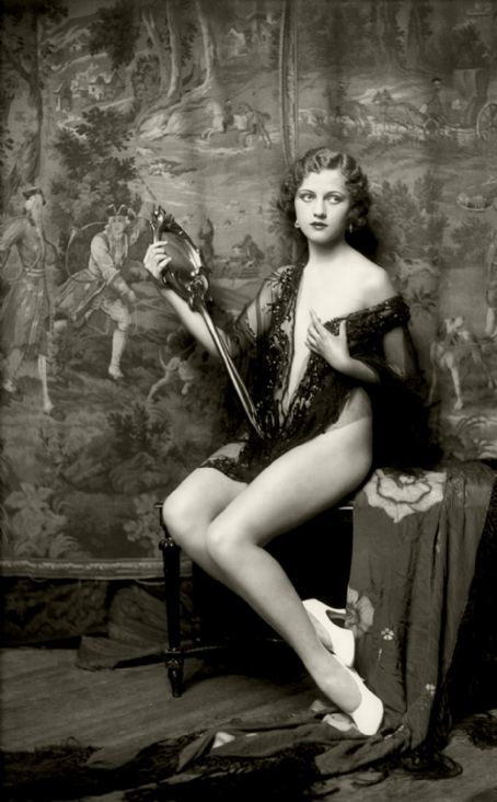 Anne Lee Patterson - 1927 Photo:  Alfred Cheney Johnston