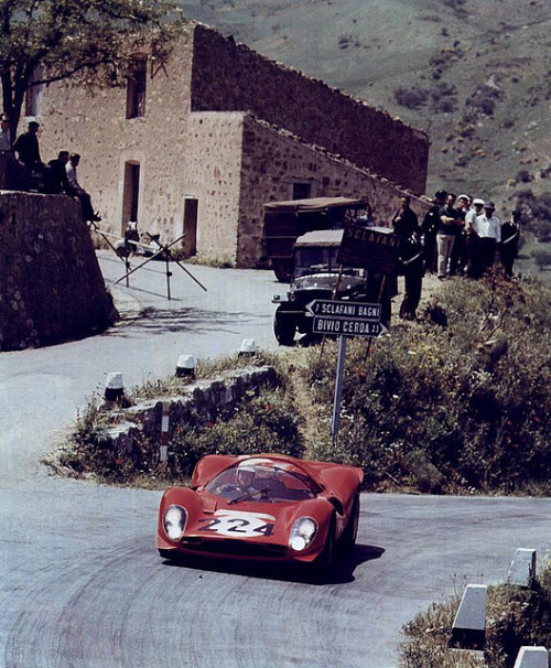 gearheadsandmonkeywrenches:  Ferrari 330 P3/4 at the 1967 Targa Florio.
