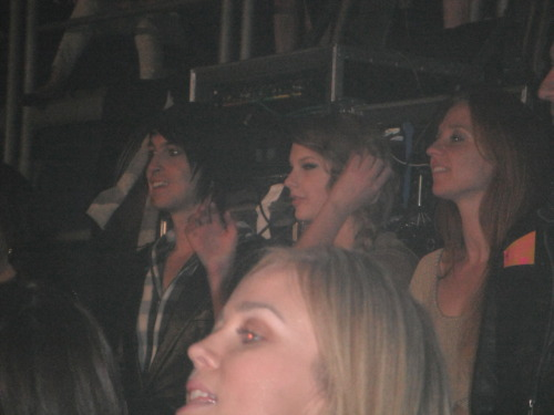 Taylor, Grant, and Caitlin at Katy Perry's concert in Dublin