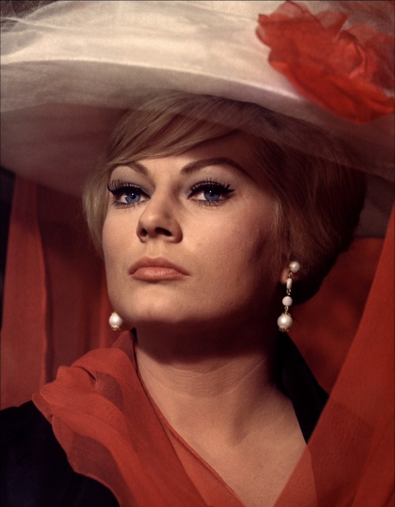 "Anita Ekberg in ""4 for Texas"" (Robert Aldrich, 1963)"