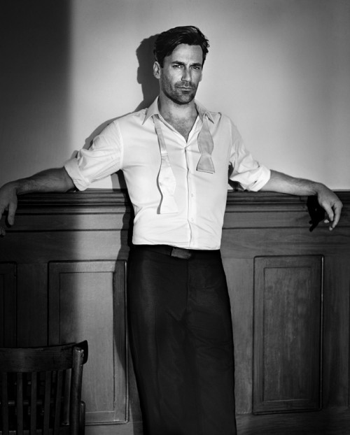 Jon Hamm  littlemissmagen23:  the things I would do to this man.