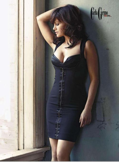 pussylequeer:  Carla Gugino photographed by John Russo for Esquire Mexico, Jan 2011
