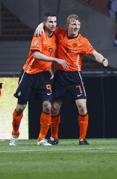 Anyway, Congrats Netherland beat Hungary 5-3. And Dirk Scored 2 goals! ?(???)? ?(???)? ?(???)?