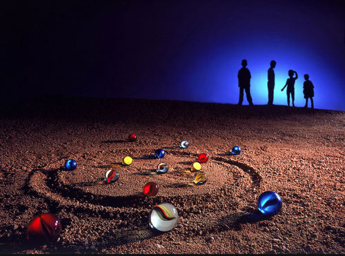 lori-rocks: Children's game  by Pascual Nuñez