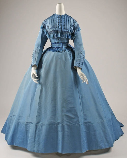 Depret dinner dress ca. 1867 via The Costume Institute of the Metropolitan Museum of Art