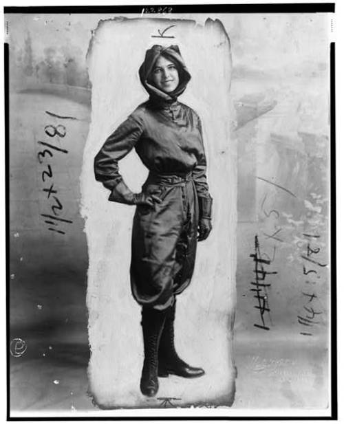 Harriet Quimby (1875-1912) Aviatrix, journalist and screenwriter Circa 1911