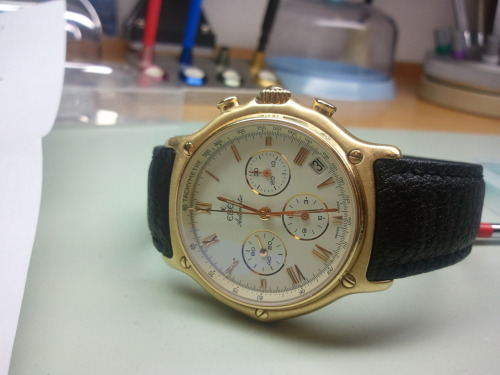 Ebel 1911 Chronograph Automatic  8134901 1st click (crown) sets time 2nd click sets the date!