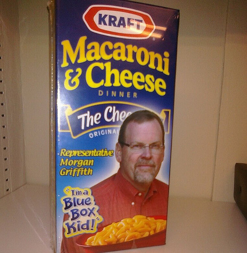 This is the 2nd Rep on a box of mac&cheese that we've seen in 2 days. Standard issue for freshmen?
