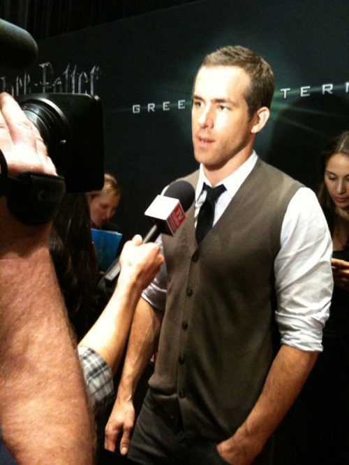 Ryan Reynolds at CinemaCon in Las Vegas promoting his latest film, GREEN LANTERN.